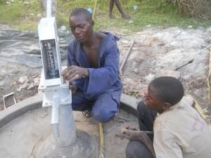 The Water Project : uganda6044-17