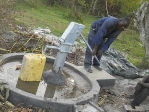 The Water Project : uganda6044-18