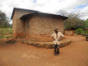 The Water Project : kenya4299-08-first-members-houses