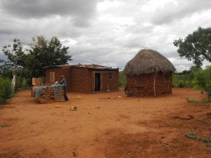 The Water Project : kenya4301-06-first-members-homestead