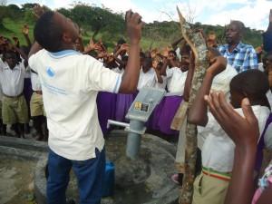 The Water Project : uganda6045-15-2