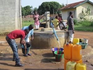 The Water Project : sierraleone5051-01-alt-water