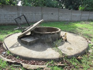 The Water Project : sierraleone5051-02-begining