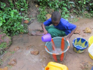 The Water Project : sierraleone5052-02-alt-water-2