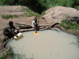 The Water Project : uganda665-02
