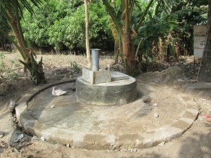 The Water Project : sierraleone5050-04-2