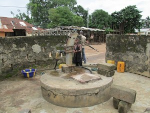 The Water Project : sierraleone5053-02-before