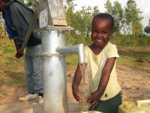 The Water Project : rwanda3080-08-clean-water