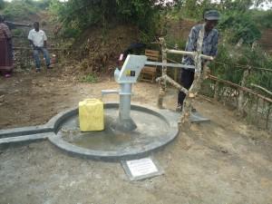 The Water Project : uganda6052-11