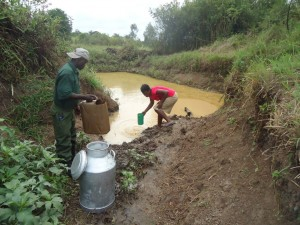 The Water Project : uganda6053-02-previous-water-source
