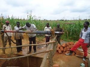 The Water Project : uganda664-07