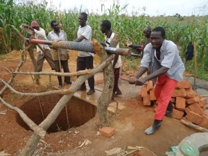The Water Project : uganda664-08