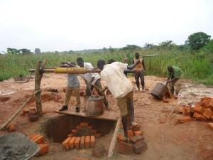 The Water Project : uganda664-12
