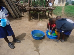 The Water Project : uganda6055-14-learning-by-doing
