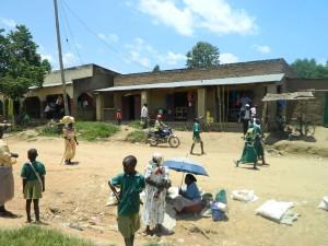 The Water Project : kenya4264-01-lutaso-market