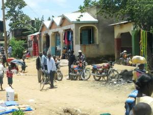 The Water Project : kenya4264-04-lutaso-market