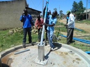 The Water Project : kenya4264-32-pipe-installation