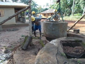 The Water Project : sierraleone5055-02-work-in-progress