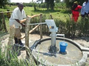 The Water Project : uganda6058-29-caretaker