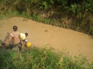 The Water Project : uganda6059-09-previous-water-source