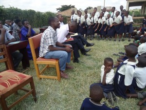 The Water Project : uganda6060-06-club-presentation