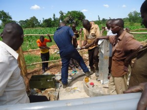 The Water Project : uganda671-20