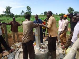 The Water Project : uganda671-24