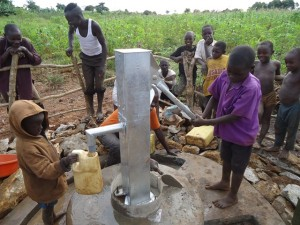 The Water Project : uganda672-24