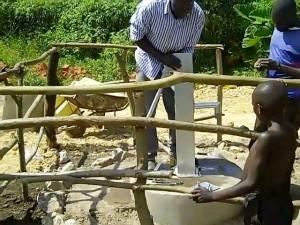 The Water Project : uganda673-15