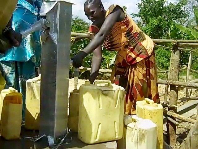 The Water Project : uganda673-19