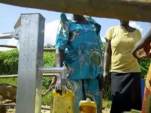 The Water Project : uganda673-21