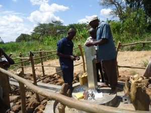 The Water Project : uganda676-32