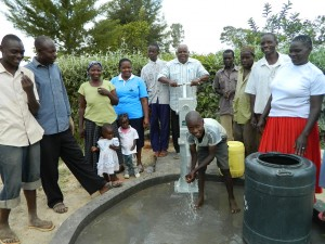 The Water Project : kenya4281-20-handing-over