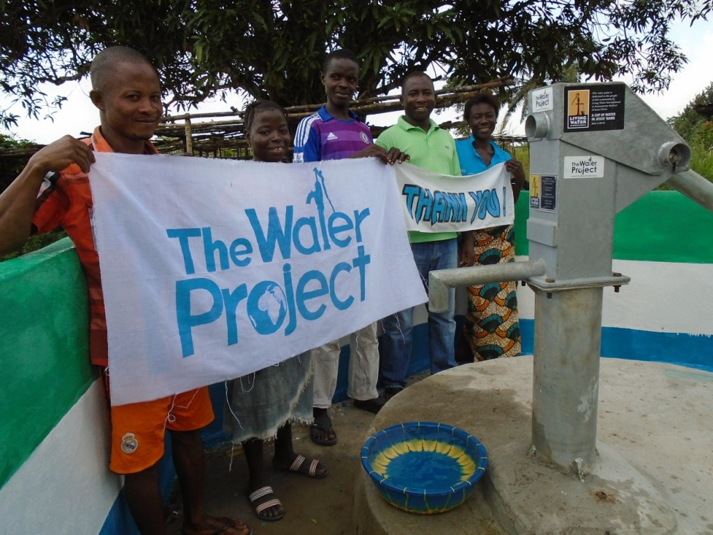 The Water Project : sierraleone5057-07-committee