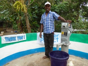 The Water Project : sierraleone5060-06-care-taker