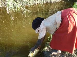 The Water Project : uganda677-04