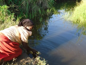 The Water Project : uganda677-06