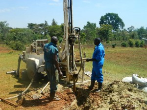 The Water Project : kenya4333-40-shisango-girls-drilling-process