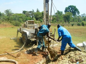 The Water Project : kenya4333-42-shisango-girls-drilling-process
