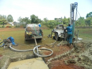The Water Project : kenya4333-44-shisango-sec-drilling