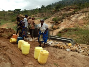 The Water Project : kenya4299-64-kee-3-shallow-well