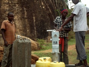 The Water Project : kenya4299-66-kee-3-shallow-well