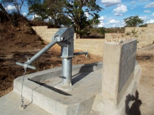 The Water Project : kenya4300-67-shallow-well-2