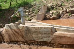 The Water Project : kenya4306-102-kakima-shallow-well