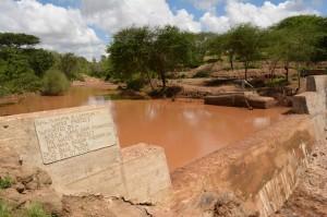 The Water Project : kenya4306-111-kakima-shallow-well