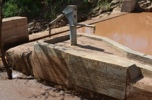 The Water Project : kenya4306-96-kakima-shallow-well