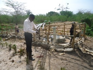 The Water Project : uganda678-14