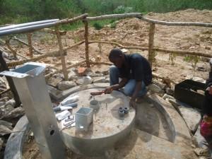The Water Project : uganda678-15