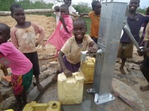 The Water Project : uganda678-40