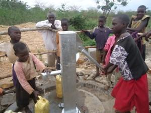 The Water Project : uganda678-41
